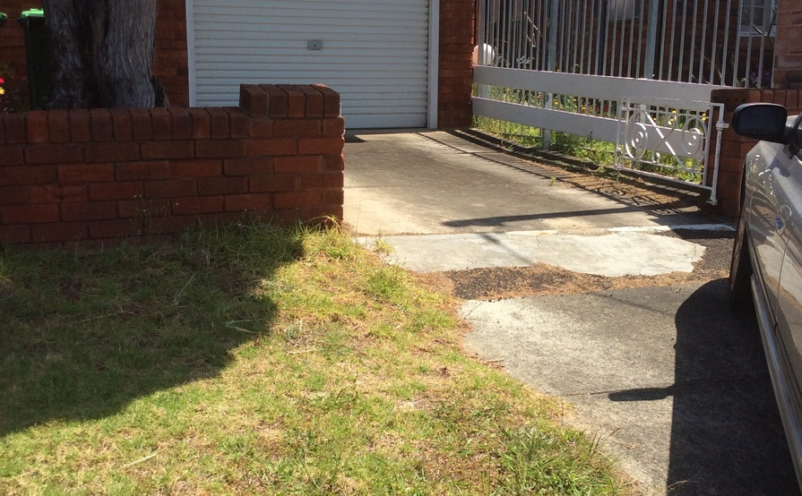 Driveway in Kingsgrove near Station & Shops