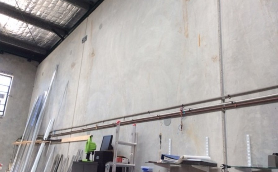 Factory space in Tweed Heads South
