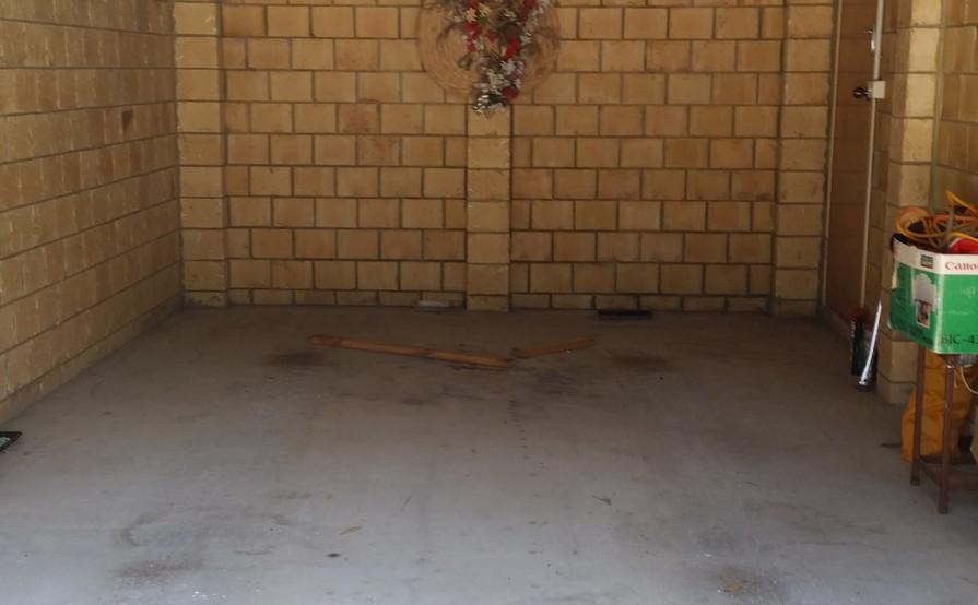 Single Brick Garage  in Tuncurry