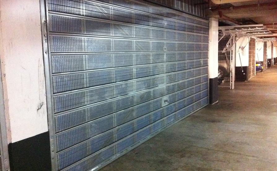 Lock-up security garage for storage in Miranda