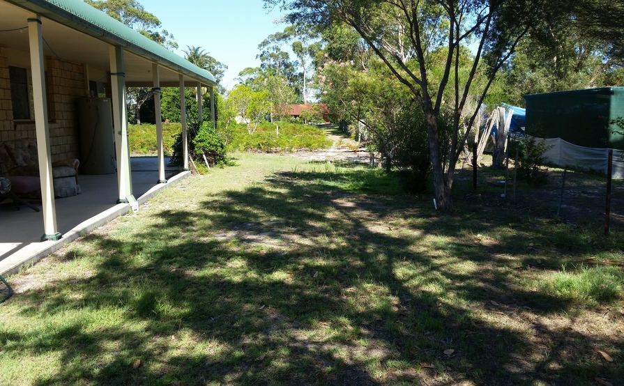 Flat side yard for caravan, boat, trailer or box trailer in Tuncurry