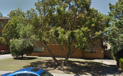 Westmead - Long spacious garage for parking or storage in great location!