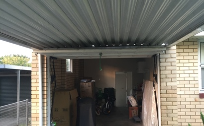 Berowra Heights - Single Lockup Garage in Primary Location Perfect for Car, Furniture, Small-sized Boat