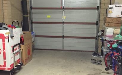 Pakenham - Single lock up garage for storage