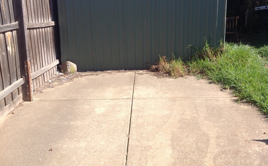 Indoor and outdoor storage available -spare room,shed,secure backyard,car spaces for airport parking pick up and drop off