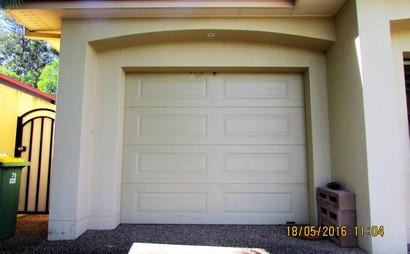 Single Garage in Arundel