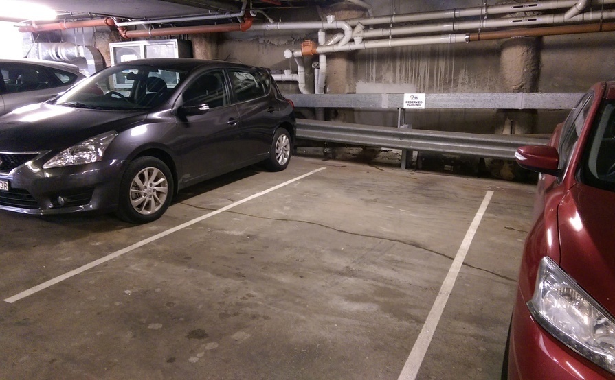 Car space available in Hurstville