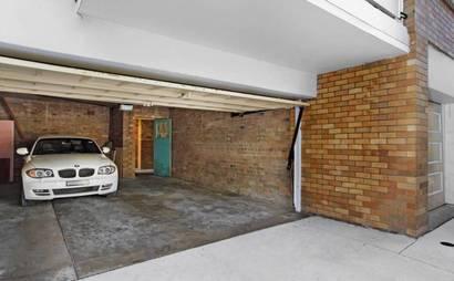 North Bondi - Lock up Garage on Ocean St