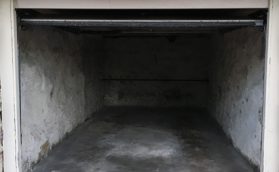 Single Lock Up Garage in Bondi Beach - Fantastic Location