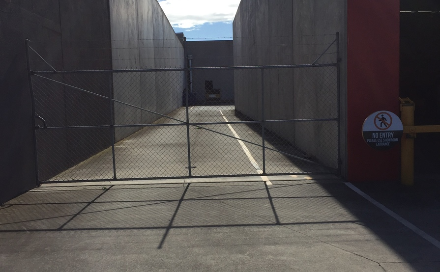 Sunshine West - 700sqm Open Secure Space for Rent