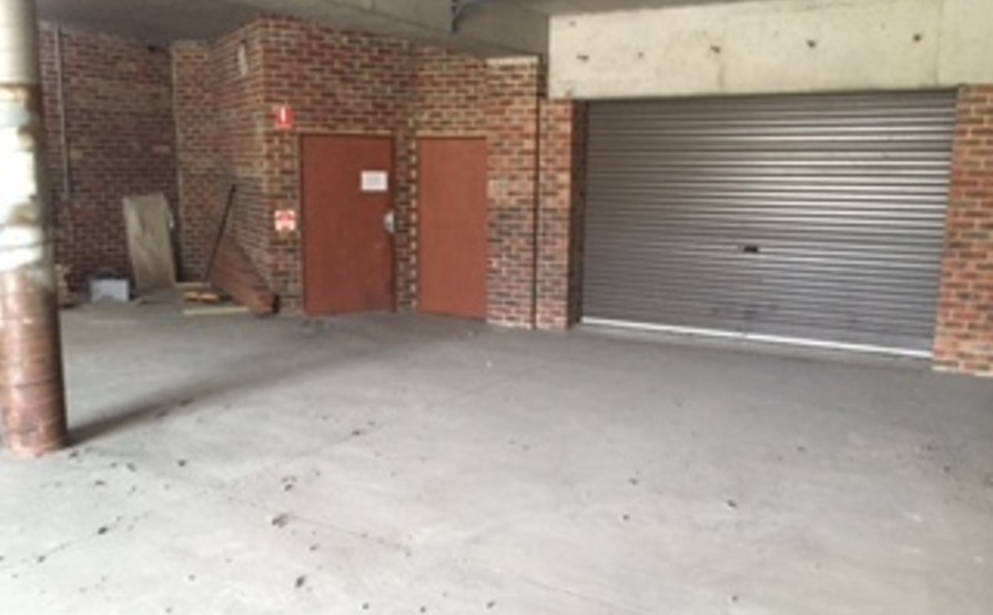 Secure Carbay in locked Ascot Vale garage / warehouse (37m2 approx)
