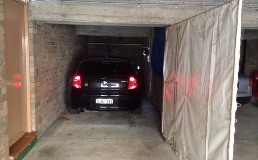 Bondi Junction - Car Park Garage available for rent in Waverley St