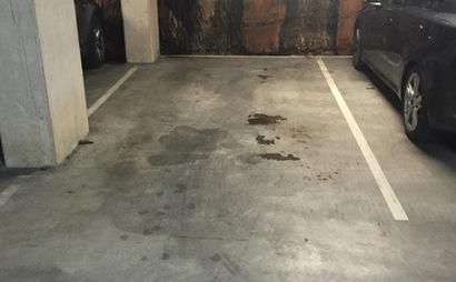 Sutherland - secure underground Parking near Train Station