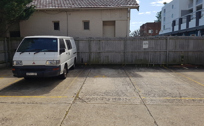 Parking space in the heart of Bondi Beach