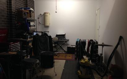 Single Garage in Thornbury - Great Location