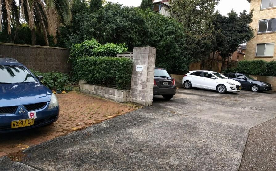 Wollstonecraft Car parking 1 min walk from train station