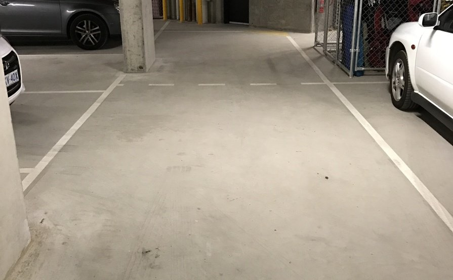 1 or 2 Car park plus storage for rent