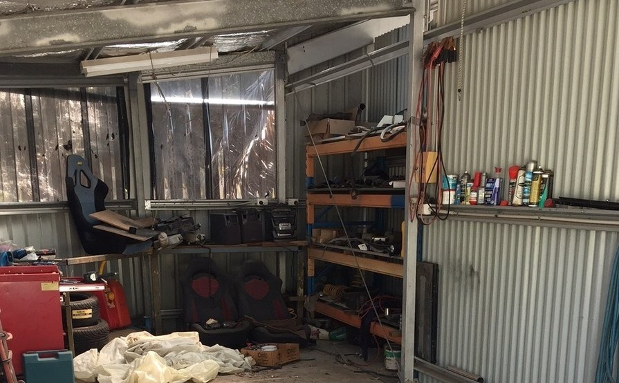 Garage/ workshop with power & water in the suburbs!