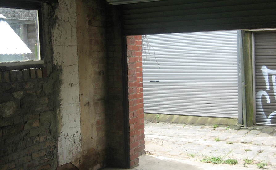 Garage in Clifton Hill (for parking or storage only, not for workshop)