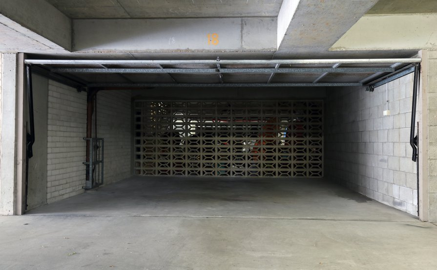 Bondi - Undercover Double Garage in security building