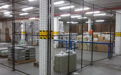 Warehouse space from 200sqm to 300sqm