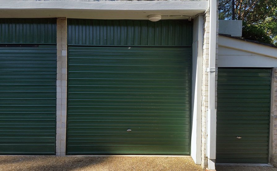 Large Lock-up Garage