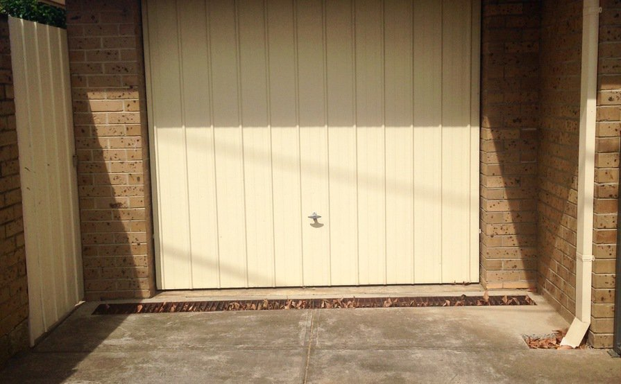 Secure Single Garage Space For Rent