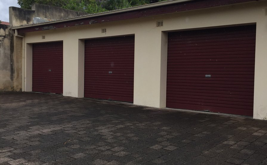single secure garage in Kensington