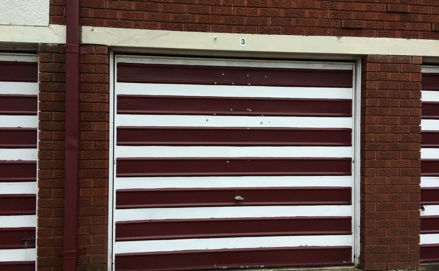 Single lock-up garage for rent in Kingsford