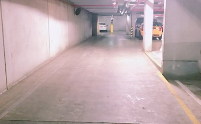 Car park in the heart of Melbourne CBD with cheap price (Available by February 11, 2018)