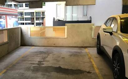 Melbourne - Secure Parking Space