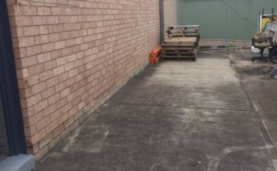 West Gosford - Yard Space for Caravan