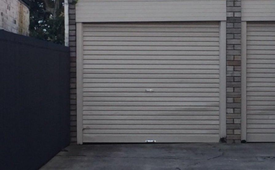 LOCK-UP GARAGE RIGHT OFF NORTON STREET