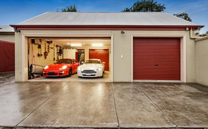 Secure, double garage with 24/7 laneway access just 5km from the Melbourne CBD