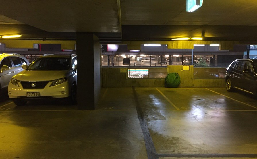 Fantastic Car Park Space in CBD Neo 200 (Space available starting December 20)
