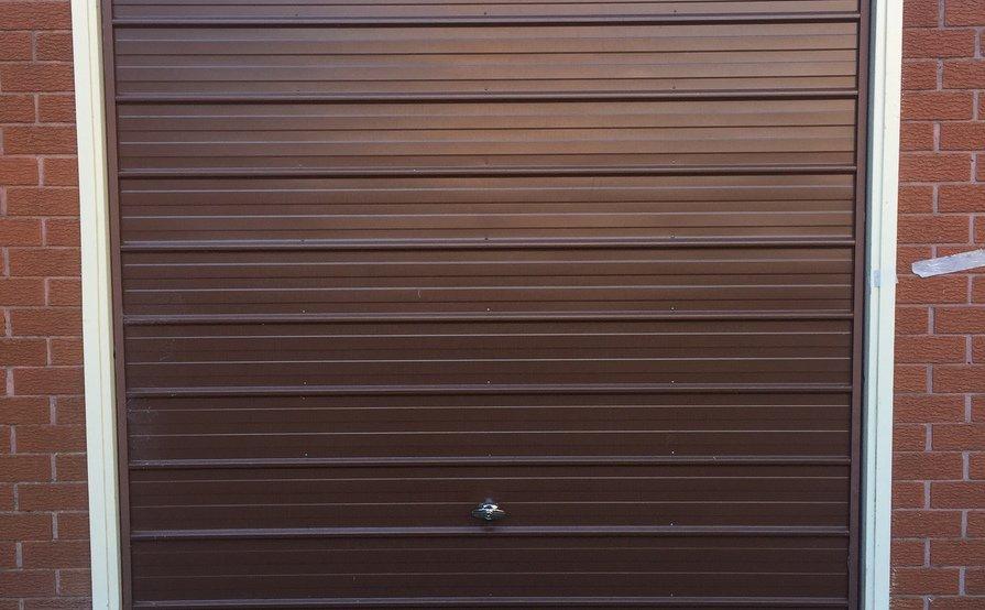 Single garage in Dee Why - quiet & convenient