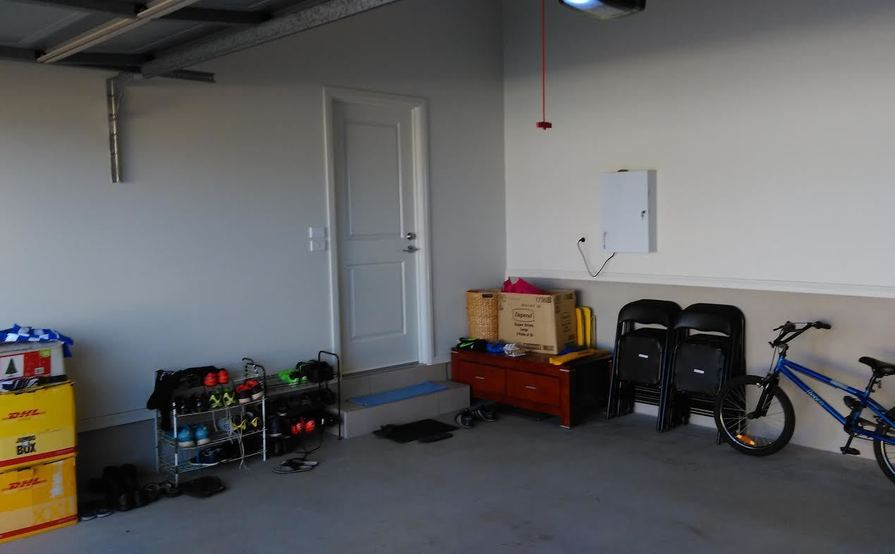 Kellyville Ridge - Secured Shared Garage (for car and other stuff storage)