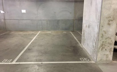 Car Park for rent in Southbank
