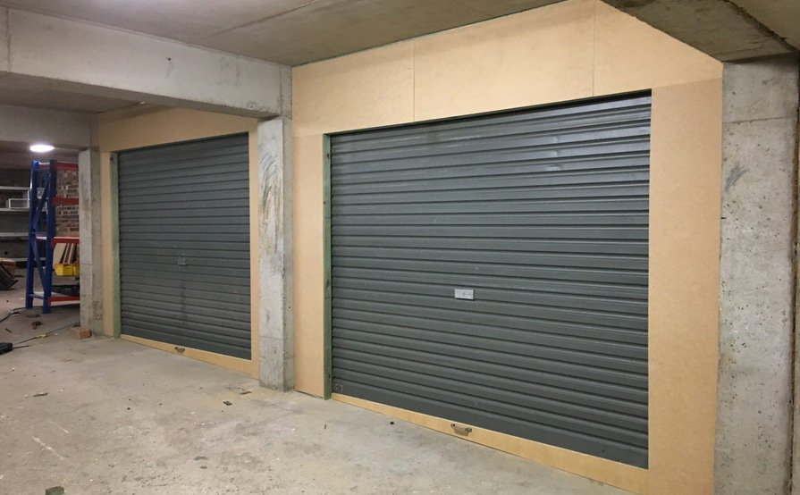 Garage in Peakhurst with 24/7 Access- Available by December 1, 2017
