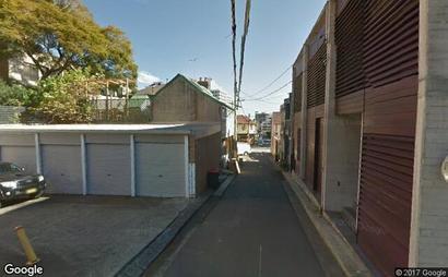 lock up garage, access via wells street