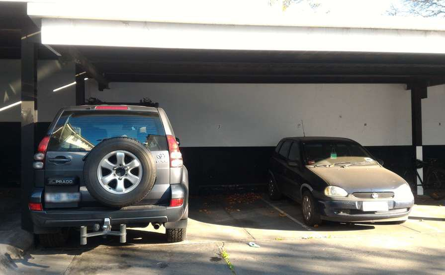 A Cheap Undercover Car Port in South Yarra  close to Punt Road, Domain Road, and Chapel Street.