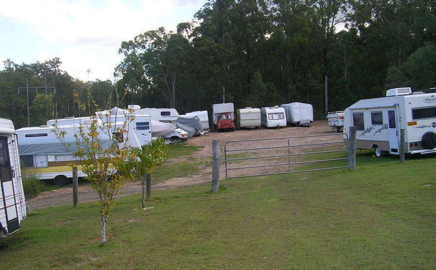 North Ipswich - Lock Up Yard Storage for 2 Cars