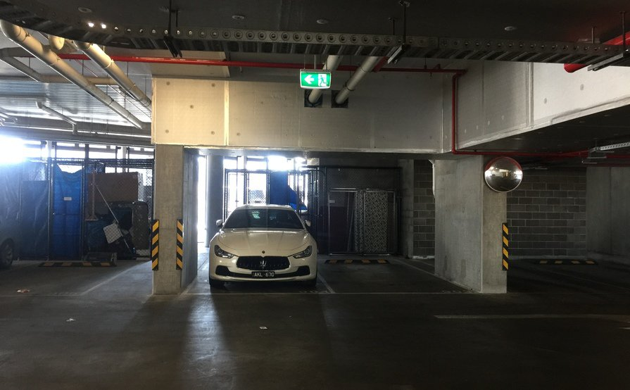 Secured parking space near Crown&CBD