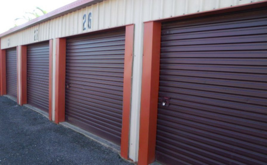 Storage Place 9m2 / 24m3 STORAGE UNIT