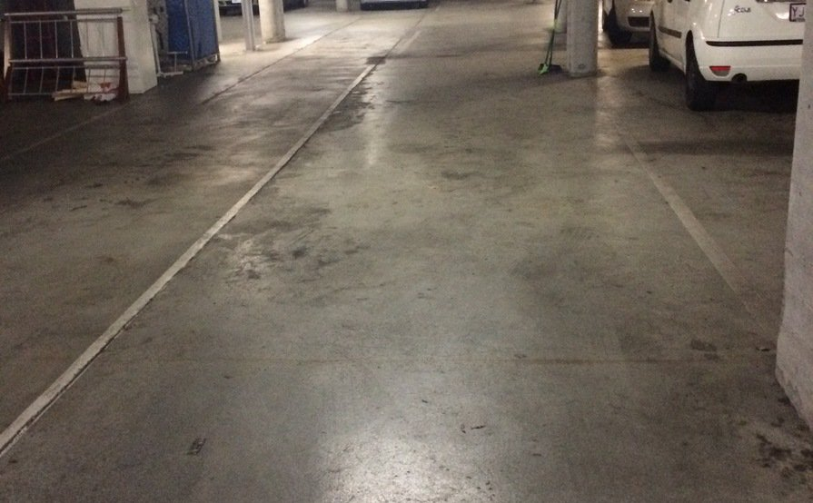 Turner Secure and convenient garage parking space