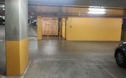 North Melbourne carpark spot for rent