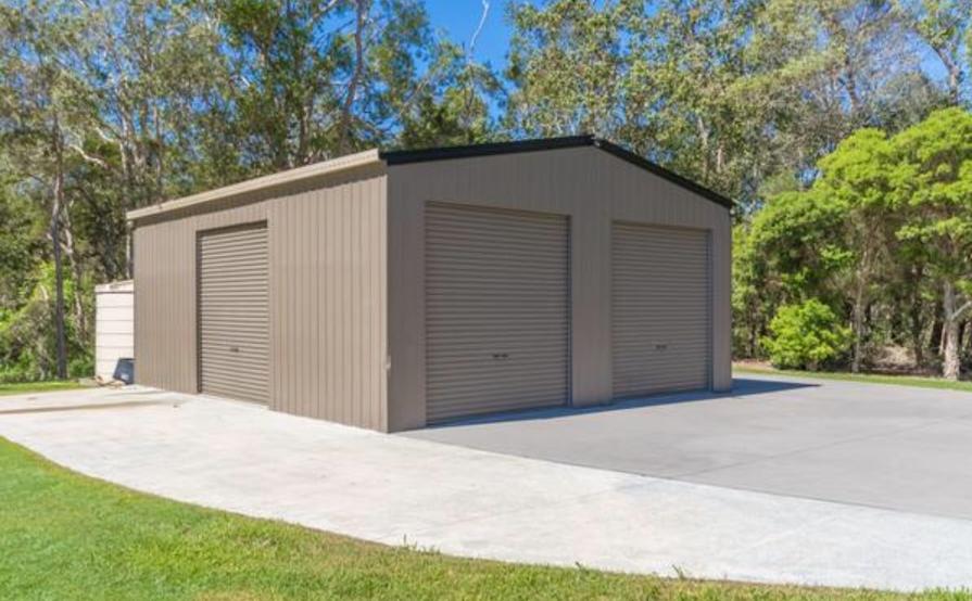 Large Shed/Garage/Storage for rent