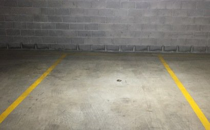 MASCOT - 24/7 Spacious Secured Carpark Available for Rent in Accessible Location!