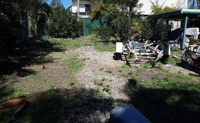 Kingston - Yard space for car,boats and caravan