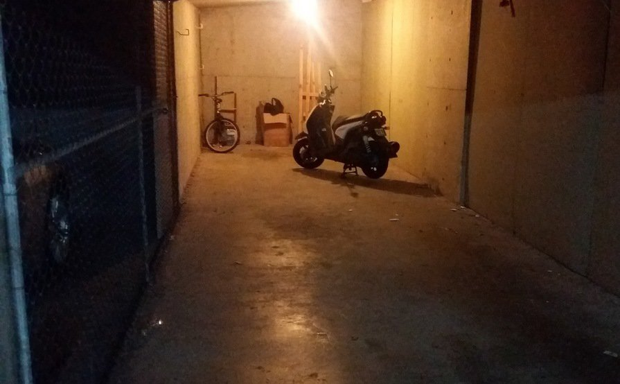 North Sydney - LUG for car parking or storage (Available from 26 October 2017)